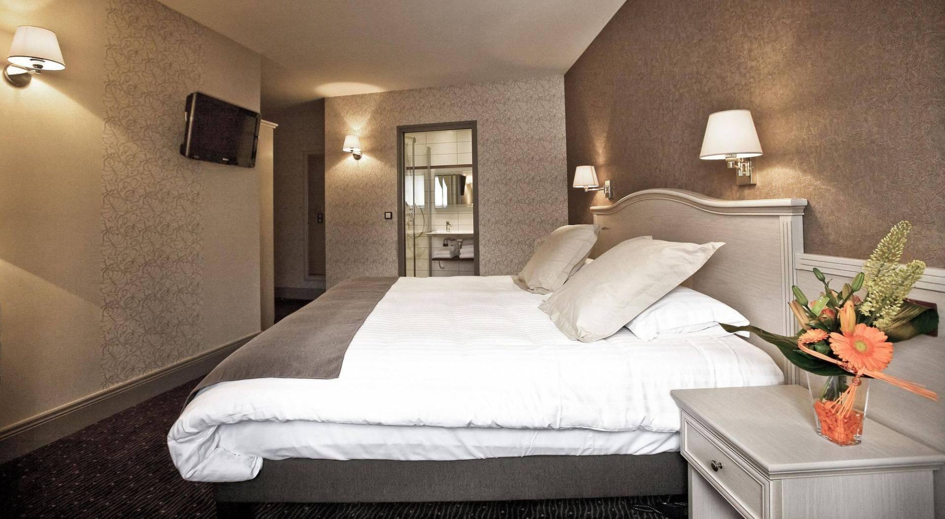 Chambre prestige Hôtel Le Duguesclin